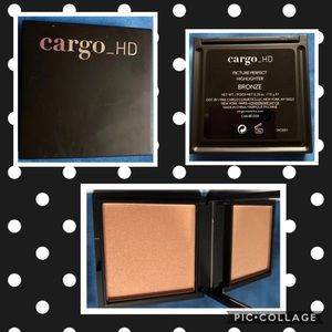 New! Cargo HD Picture Perfect Highlighter/Blush